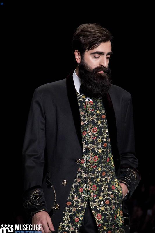 mercedes_benz_fashion_week_slava_zaitsev_nasledie_075