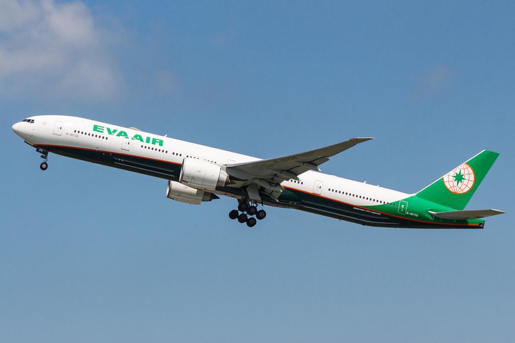 EVA AIR B777-300ER B-16726 003