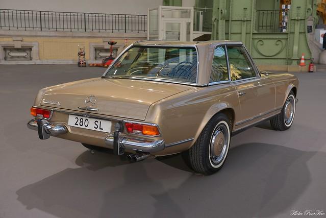 1969 Mercedes Benz 280, Nikon D610, AF-S Zoom-Nikkor 24-70mm f/2.8G ED