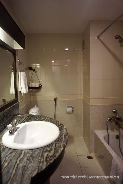 Deluxe Room - Bathroom Hotel Barahi Pokhara