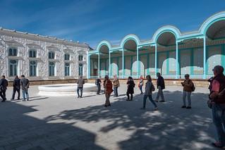 Haupthof des Sommerpalastes Sitorai Mohi Xosa bei Buchara