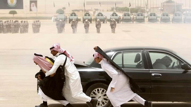 2129 8 Never to do things on Facebook to avoid Trouble in Saudi Arabia 07
