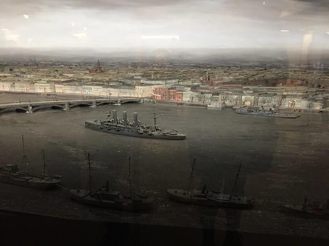 Die Newa im Oktober 1917 als Diorama