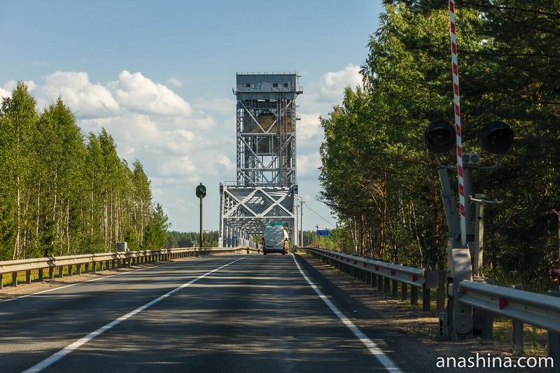 Лодейнопольский автомобильно-железнодорожный мост через реку Свирь