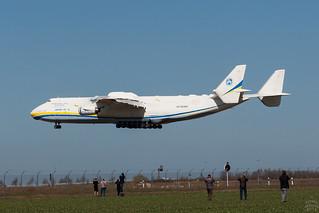 UR-82060 / Antonov An-225 / @ LEJ / 2018-04-06