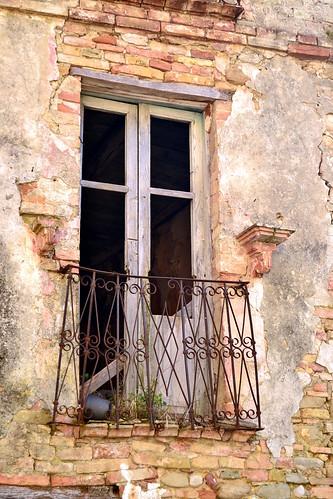 Castelbasso, frazione del Comune di Castellalto in provincia di Teramo - centro storico