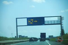 Panneau information autoroute A5 Villeneuve-l'Archevêque le 2/08/18.