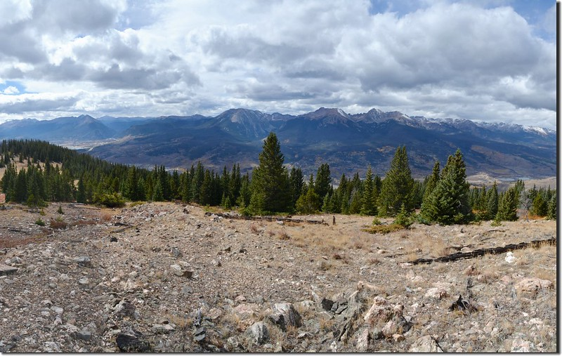 Looking west at Gore Range from Ptarmigan Peak Trail near 11,650 ft (1)