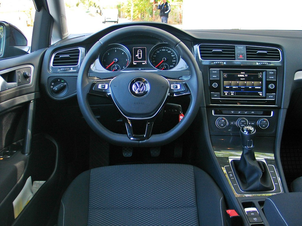 Volkswagen Golf 1.6 TDI Test 18
