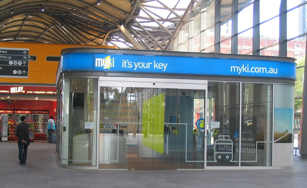 Myki booth at Southern Cross Station, October 2008