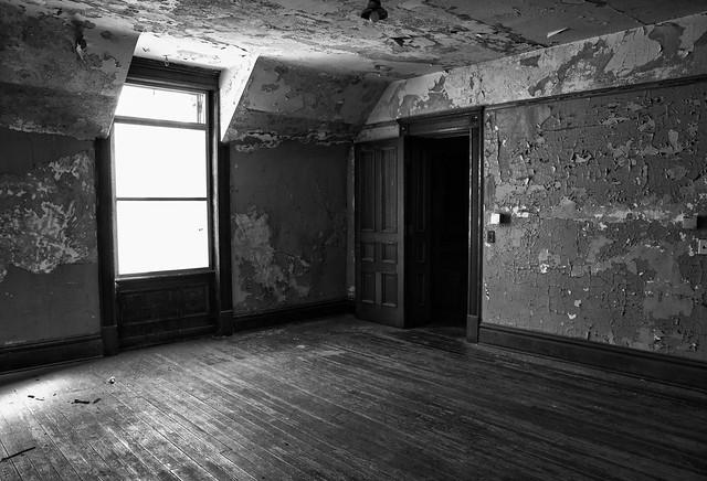 Laura Palmer's Room b+w