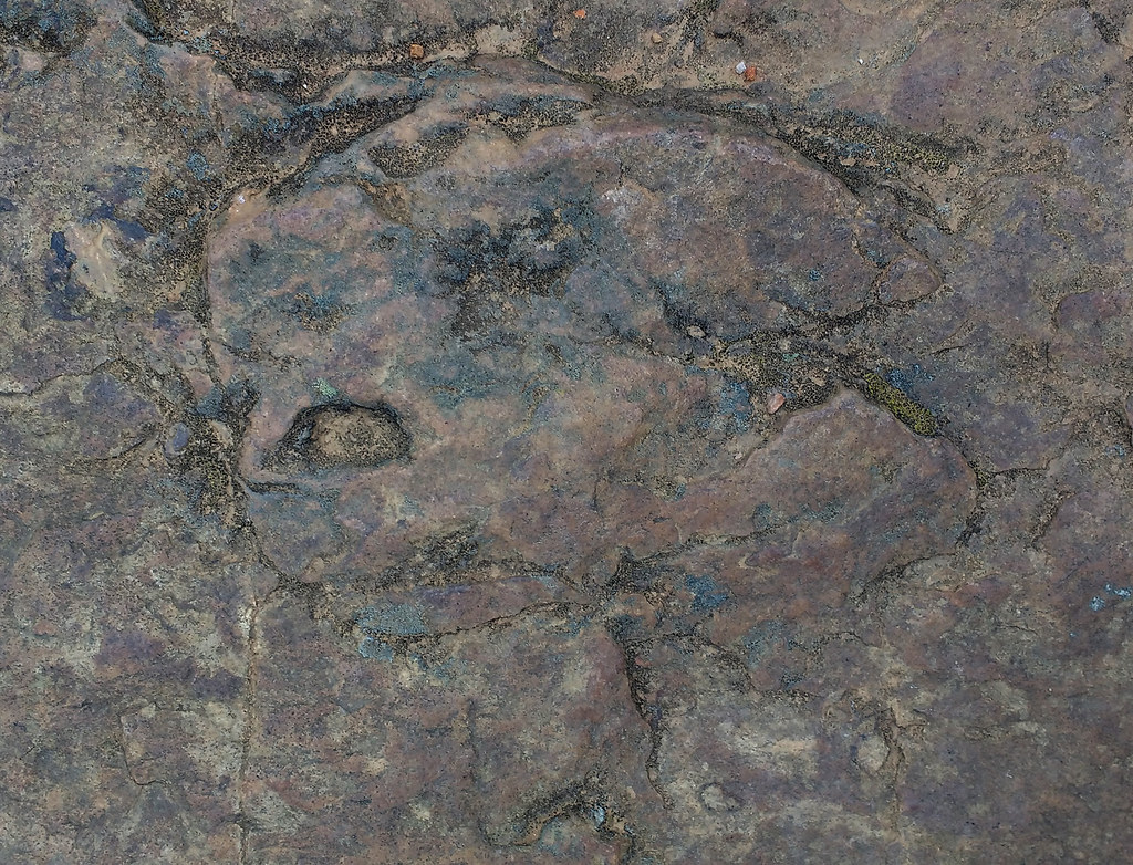 Sept-26_Stones_with_Faces_1