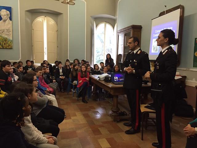 carabinieri-incontrano-studenti-2