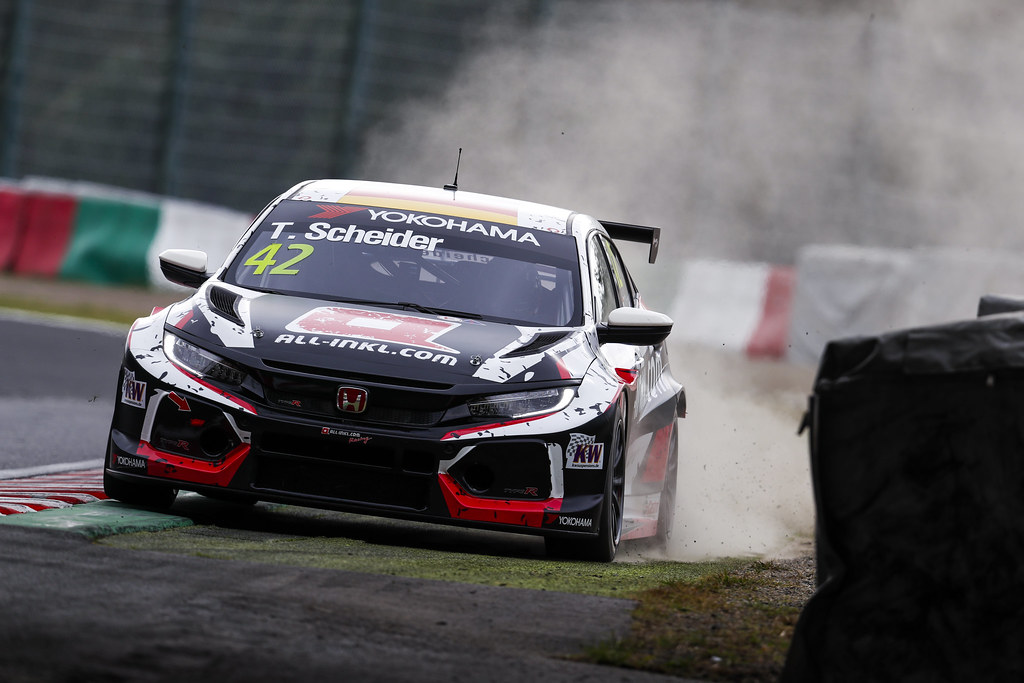 42 SCHEIDER Timo, (aut), Honda Civic TCR team ALL-INKL.COM Munnich Motorsport, action during the 2018 FIA WTCR World Touring Car cup of Japan, at Suzuka from october 26 to 28 - Photo Clement Marin / DPPI