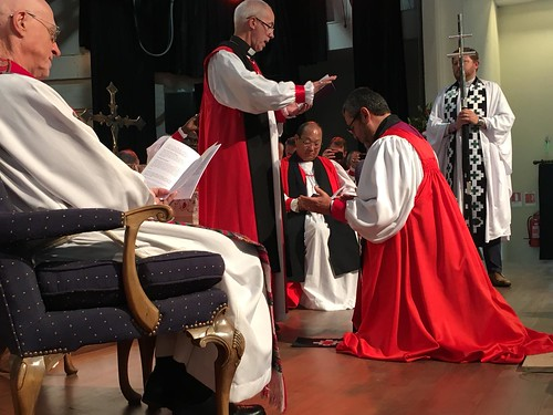Archbishop of Canterbury Justin Welby prays for Archbishop Hector - Tito - Zavala Munoz as he becomes the first Primate of the Iglesia Anglicana de Chile