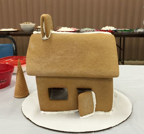 2015 - Gingerbread House