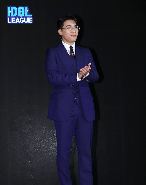 BIGBANG via STARK__OFFICIAL - 2018-10-01  (details see below)