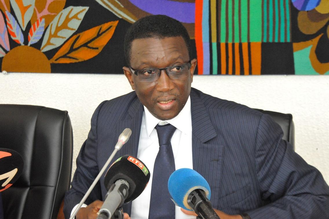 Amadou Ba lors de la Signature des Accords de prêt portant sur le financement des projets du PSE avec la BAD (11)