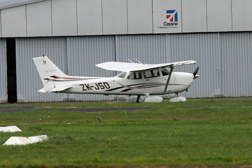 Cessna172S-ZK-JSD-1