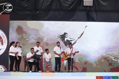 Devotional song by Dr. Vinod Gandharv and Saathi