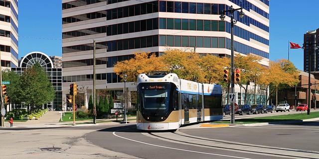 Hop #05 rounding the bend into Broadway at 330 Kilbourn