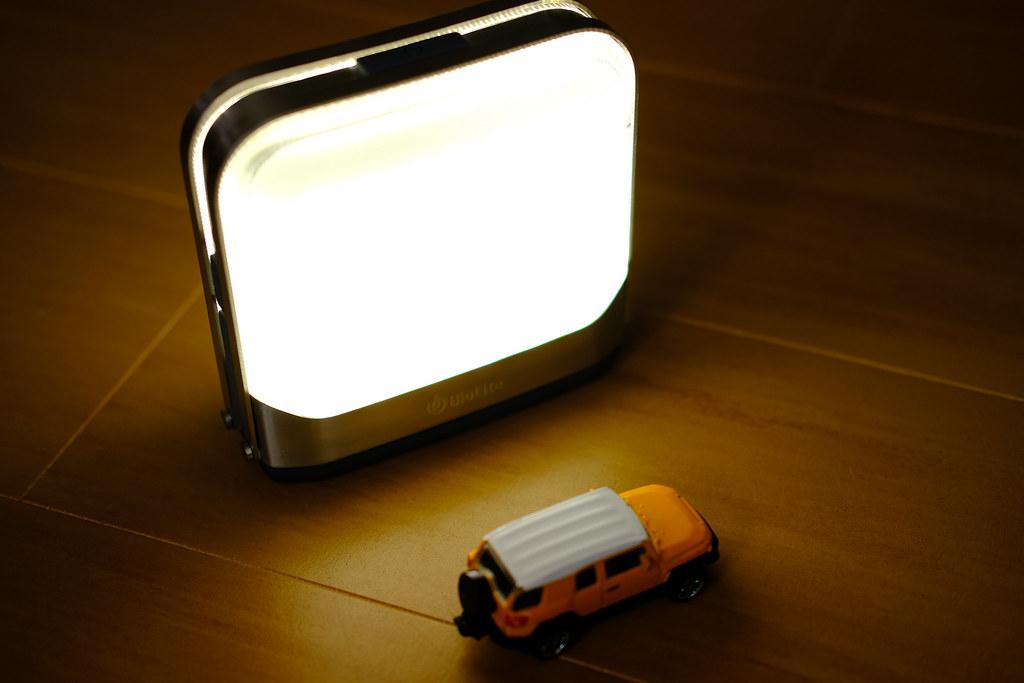BioLite ベースランタン ちょっと暖色発光