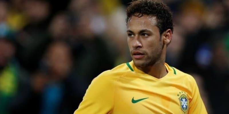 Neymar senang tidak akan menghadapi Messi di Argentina