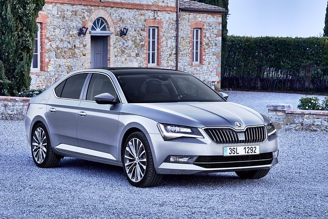 Comprar Skoda Superb