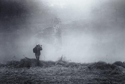 Un photographe dans la brume