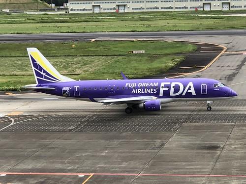 FDA フジドリームエアラインズ ERJ-175 JA06FJ IMG_1039