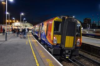 458520 - Clapham Junction - 29/09/18.