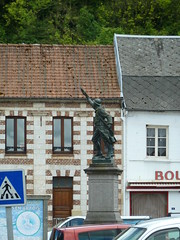 Pas-en-Artois le monument aux Morts en 2014 - Photo of Sus-Saint-Léger
