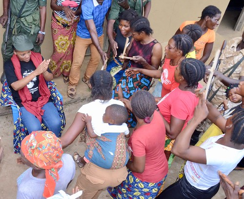 Women greet head warden with dance and song Bangaliwa