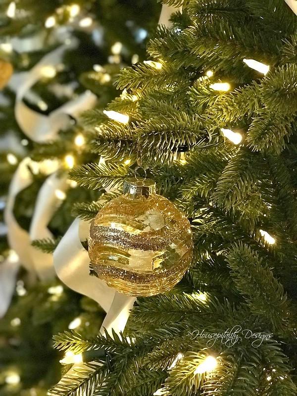 Christmas Tree-Housepitality Designs-2
