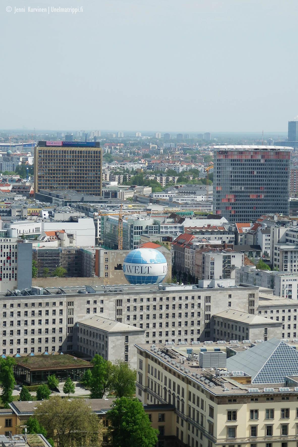 Näkymä Panoramapunktilta Welt-pallon suuntaan vuonna 2012