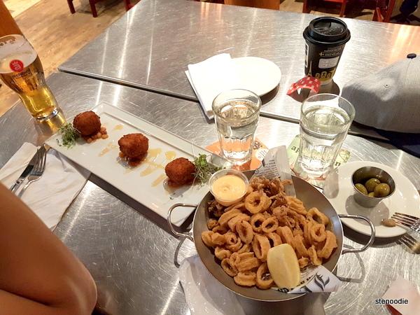 Archibald Microbrasserie food
