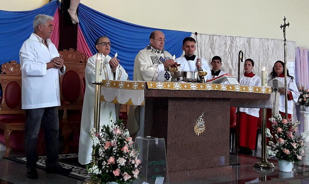 Paróquia Nossa Senhora do Rosário festeja sua padroeira