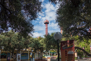 Photo 1 of 10 in the Six Flags Magic Mountain gallery
