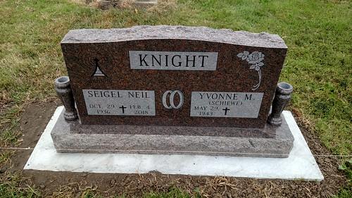 knight grave stone garnett kansas