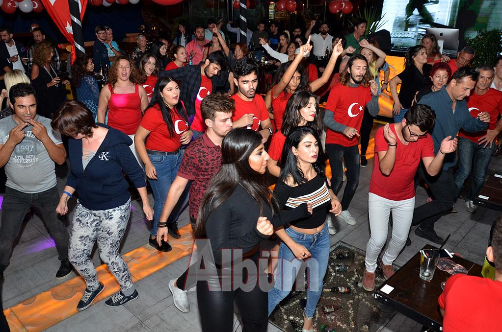 Lets Dance'tan Cumhuriyet kutlaması