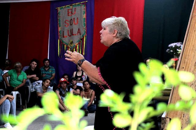 Aleida Guevara, hija de Che, va a Curitiba y manifiesta solidaridad con Lula