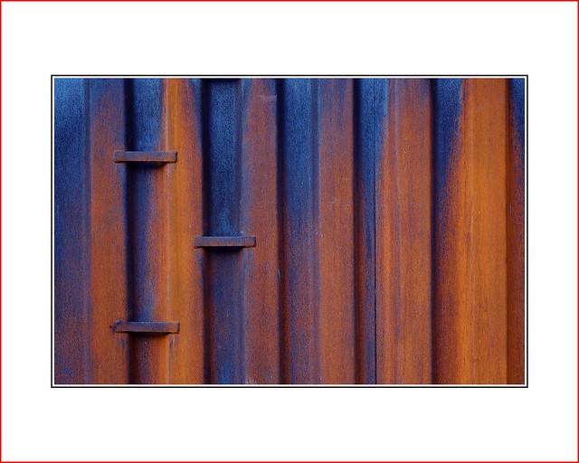 blue  |   rust, Fujifilm X-Pro1, XF60mmF2.4 R Macro