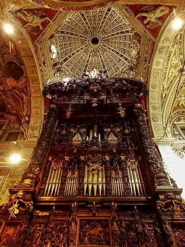 Organo. Santuario della Madonna di Tirano