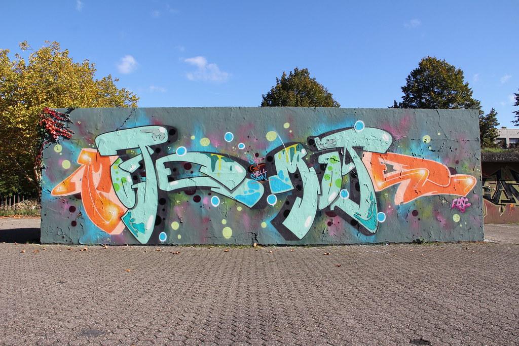 Graffiti Farben.Mote Ruhrgebiets Farben Flickr