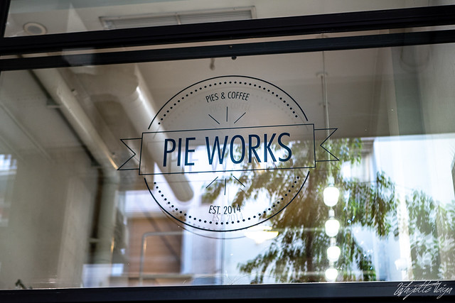 Pie works October 27, 2018-4, Panasonic DMC-GX8, LUMIX G 25/F1.7