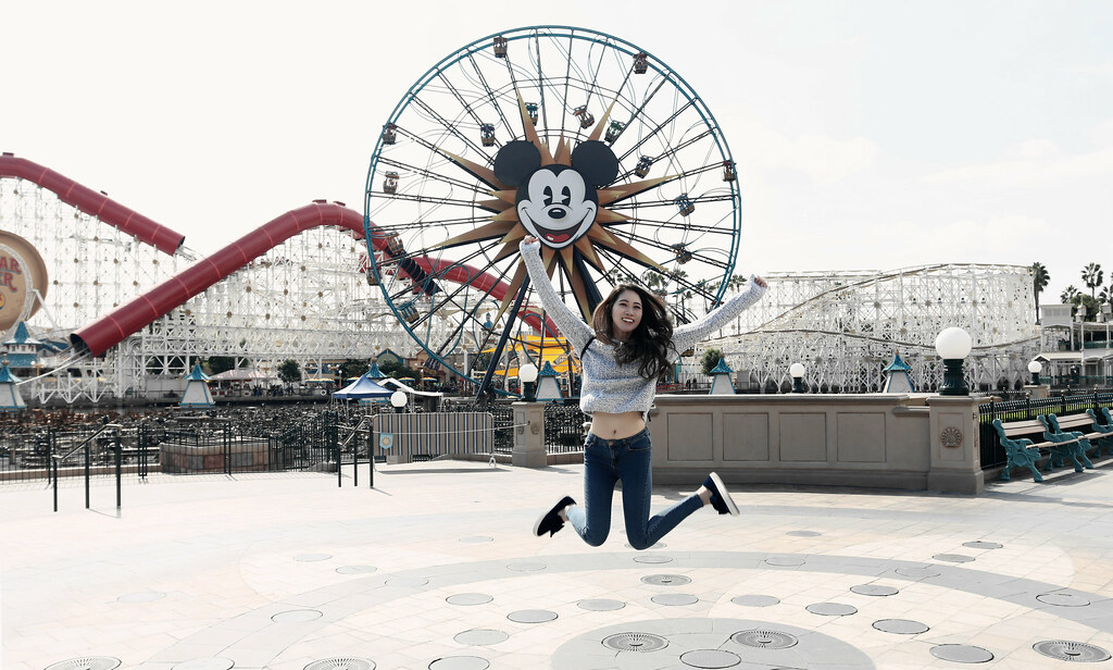 6537-ootd-fashion-style-outfitoftheday-wiwt-streetstyle-hollister-f21xme-asianfashion-forever21-disneyland-disneycaadventure-koreanfashion-lookbook-itselizabethtran