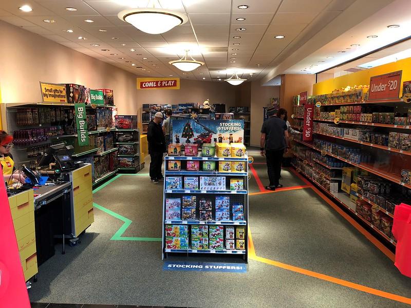 LEGO Pop-Up Store USA