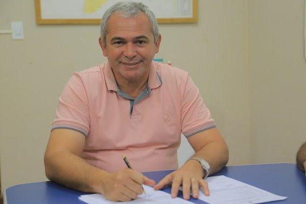Prefeito comemora saldo positivo de criação de empregos em Santarém, nelio aguiar