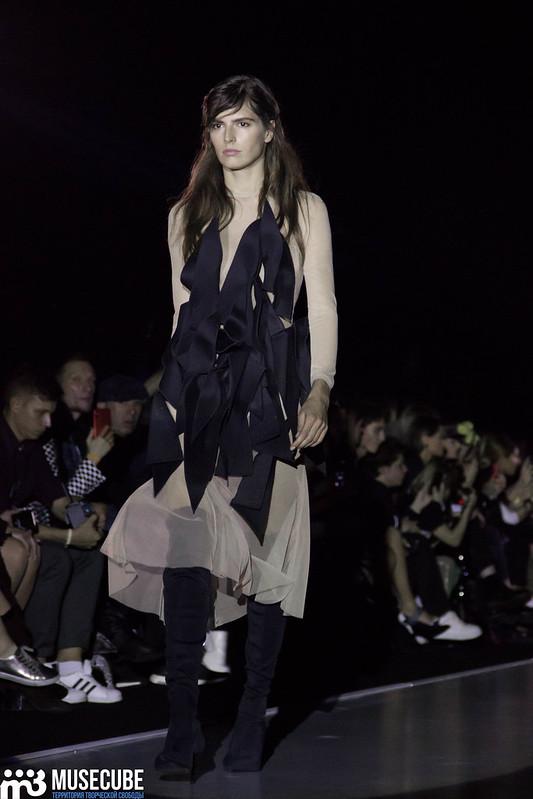 mercedes_benz_fashion_week_pirosmani_009