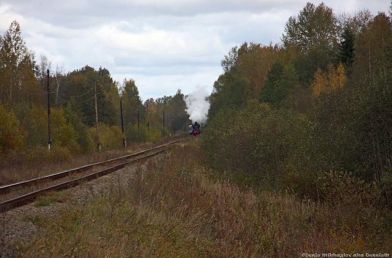 Паровоз Су250-74 с пригородным поездом Бологое - Осташков.